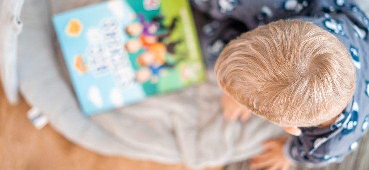 tidlig literacy kelli-mcclintock-unsplash